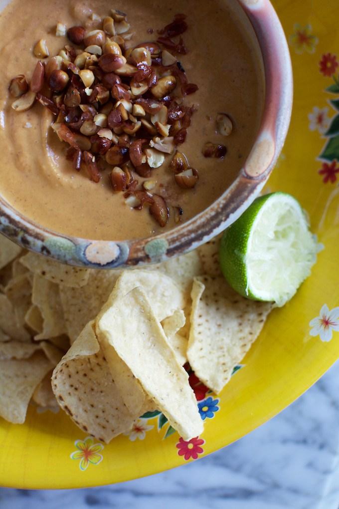 Salsa de Cacahuate (Creamy Peanut Salsa)